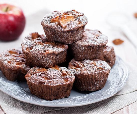 Muffiny cynamonowe z jabłkiem | lunchboxodkuchni.pl