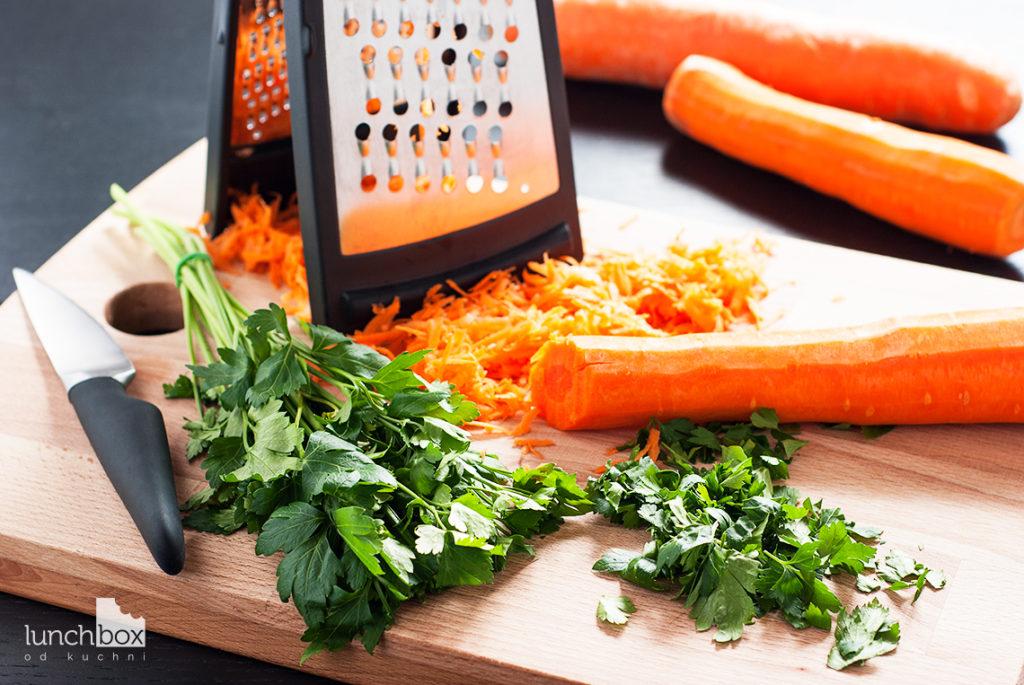 Dorsz na marchewce z ryżem - produkty w trakcie | lunchboxodkuchni.pl