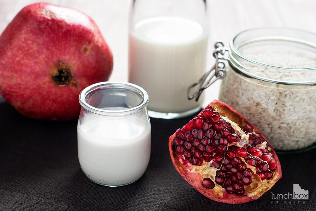 Pudding ryżowy na mleku kokosowym z granatem | lunchboxodkuchni.pl