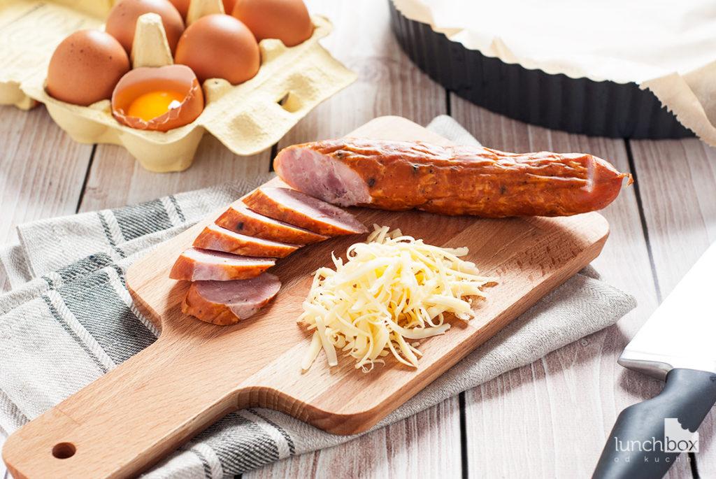 Zapiekanka ziemniaczana - pokrojone produkty | lunchboxodkuchni.pl