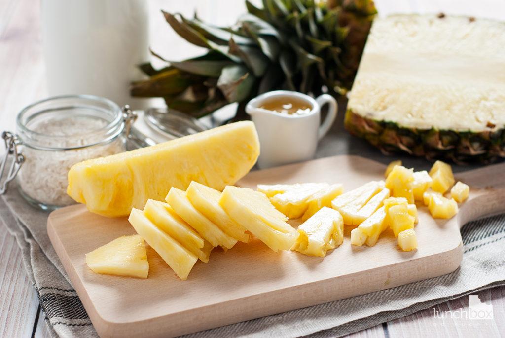 Ryż na mleku kokosowym z ananasem - produkty | lunchbodokuchni.pl