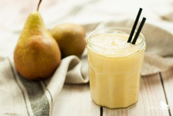 Smoothie z banana, gruszki i soku jabłkowego | lunchboxodkuchni.pl