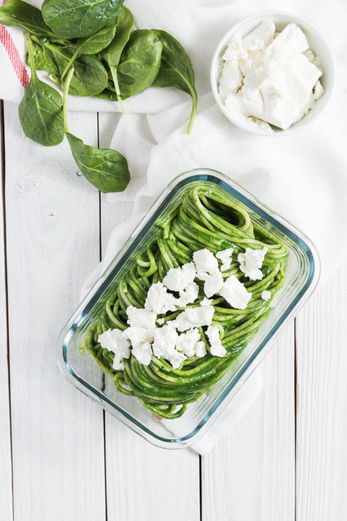 Spaghetti ze szpinakiem i ricottą | lunchboxodkuchni.pl