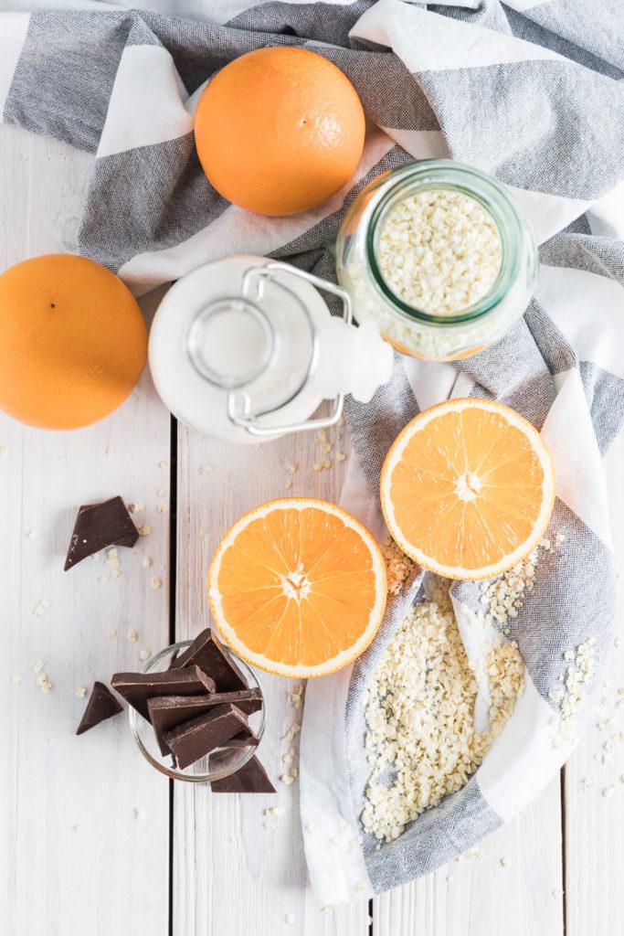 Jaglanka na mleku kokosowym z pomarańczą i gorzką czekoladą | lunchboxodkuchni.pl