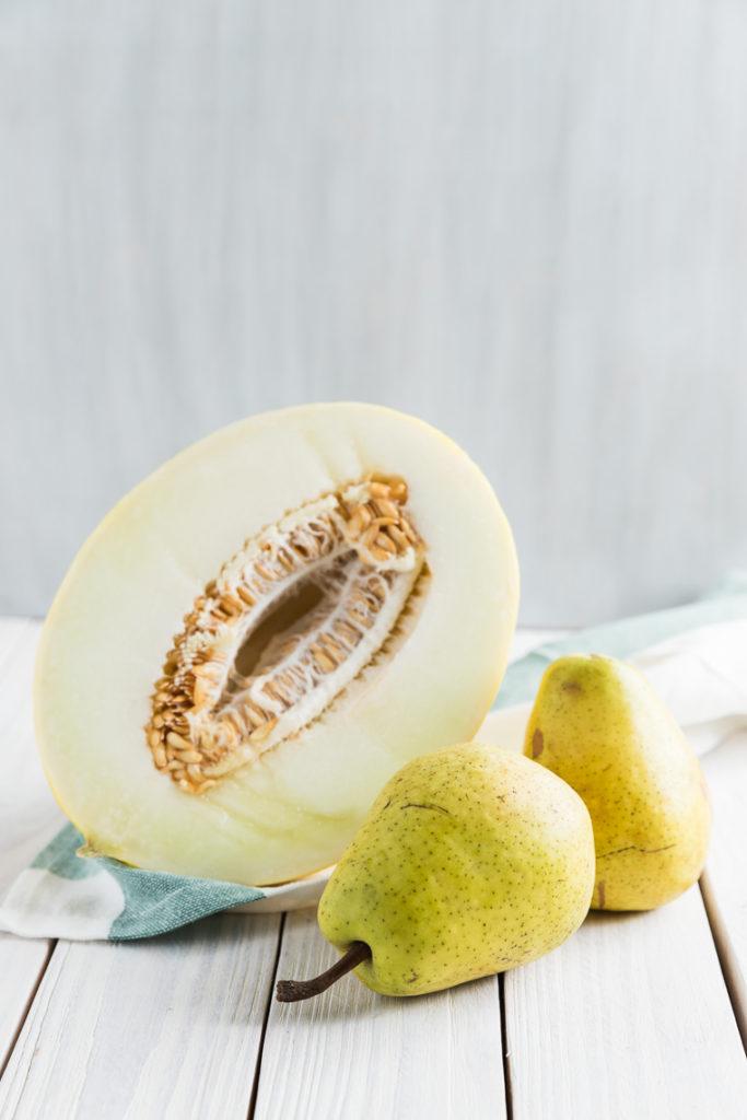 Smoothie z melona, gruszki i kolendry | lunchboxodkuchni.pl